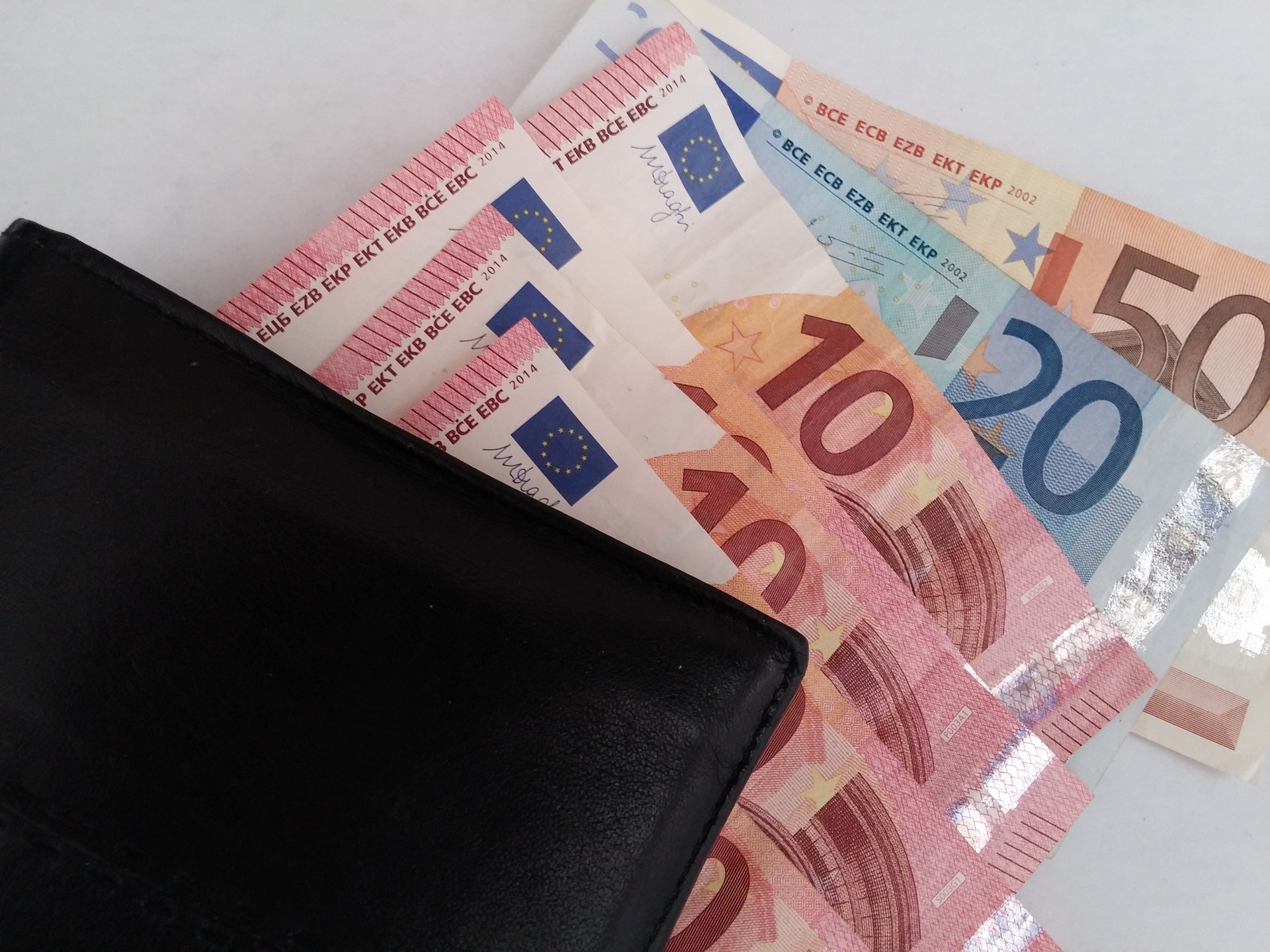money-1339295_1920